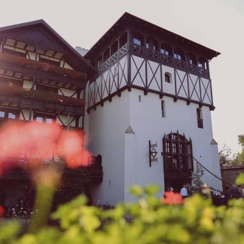 Complex Podu cu Lanturi - Hotel, Restaurant, Fabrica de bere, ballroom