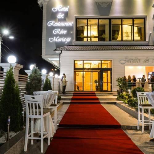Hotel & Restaurant Reve Mariage
