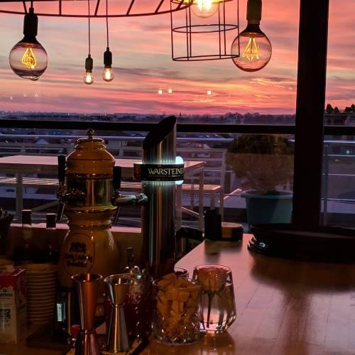 Elfi Sky Bar & Urban Kitchen